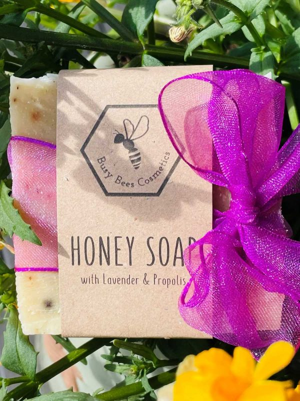 Beeswax & Honey Soap with Propolis, Beetroot Powder and Lavender Essential Oil 90g